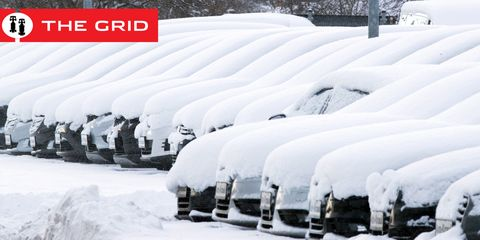 Snow, Winter, Freezing, Transport, Geological phenomenon, Vehicle, Automotive wheel system, Ice, Inflatable, Automotive tire,