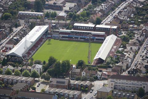 griffin park stadium, brentford, 2006