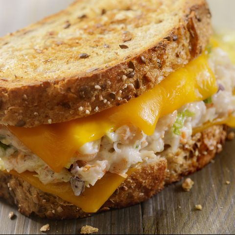 Is Canned Tuna Healthy? Nutritionists