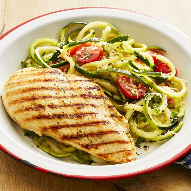 grilled chicken with zucchini noodles