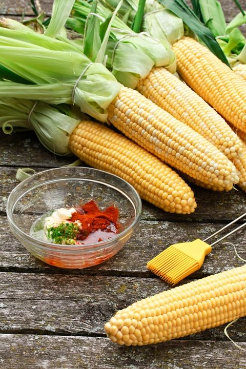 grilled corn on the cob with spicy lime mayo