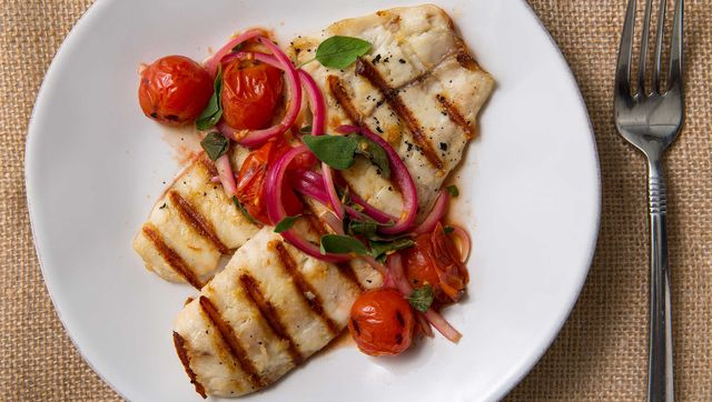 Dish, Food, Cuisine, Ingredient, Produce, Staple food, Vegetarian food, Garnish, Meat, Recipe,