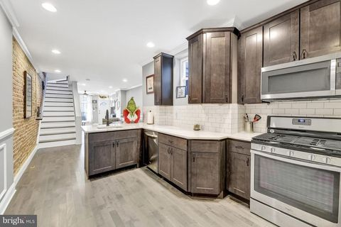 Cabinetry, Countertop, Property, Room, Kitchen, Furniture, Interior design, Building, Real estate, Floor,