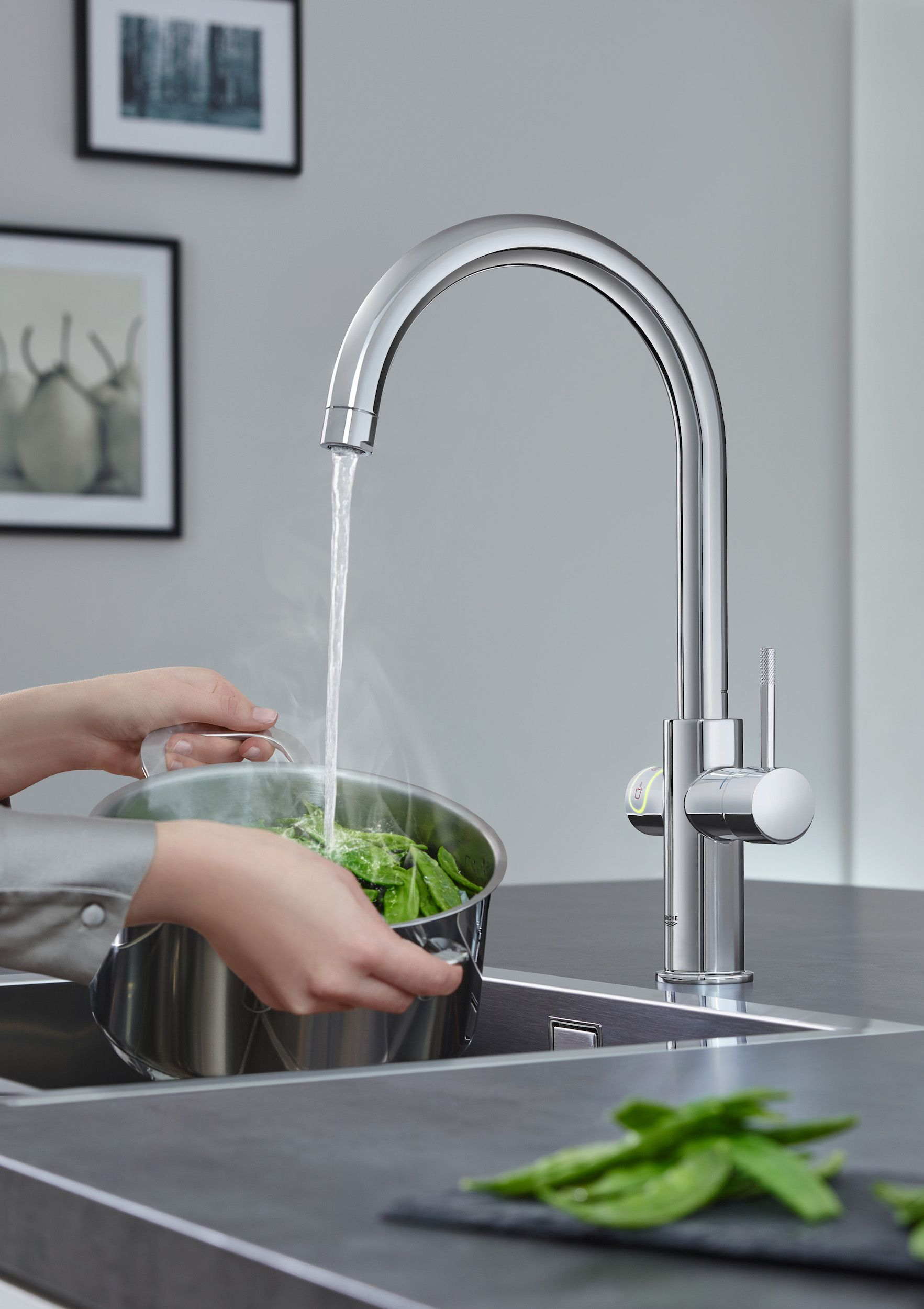 Top 10 Best Kitchen Faucets in 2017
