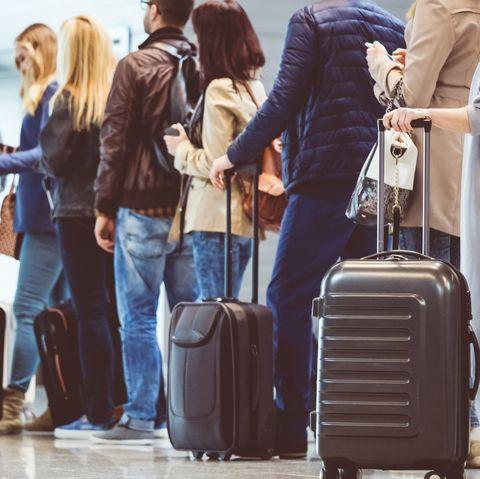 coronavirus screenings at airports
