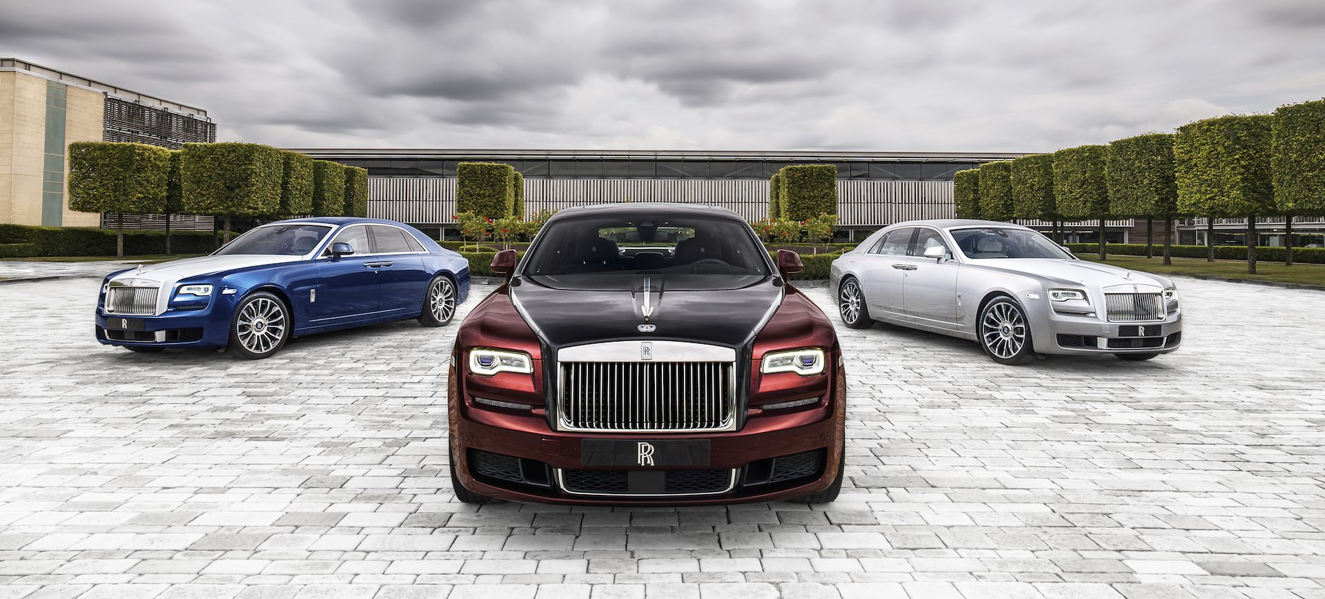 Rolls Royce Goes All In For The Ghost Zenith As Production Ends