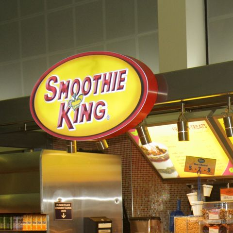 grove counter at louis armstrong new orleans international airport