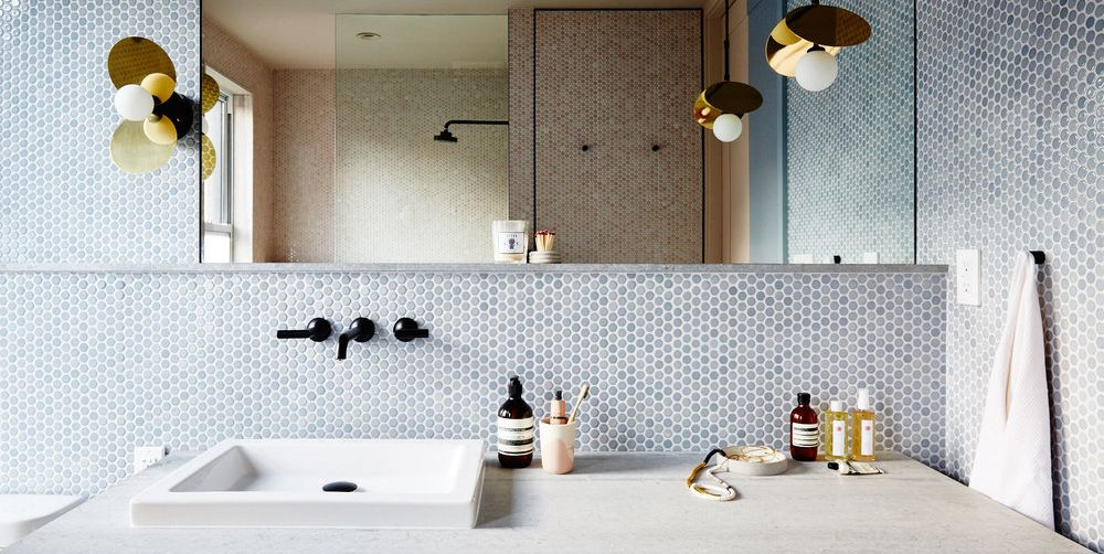 28 Bathroom Decorating Ideas on a Budget of $100 or Less