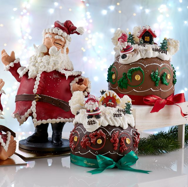 Winter, Santa claus, Holiday, Fictional character, Tradition, Costume accessory, Toy, Christmas eve, Christmas, Christmas decoration,