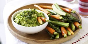 Guacamole with carrot, celery and asparagus