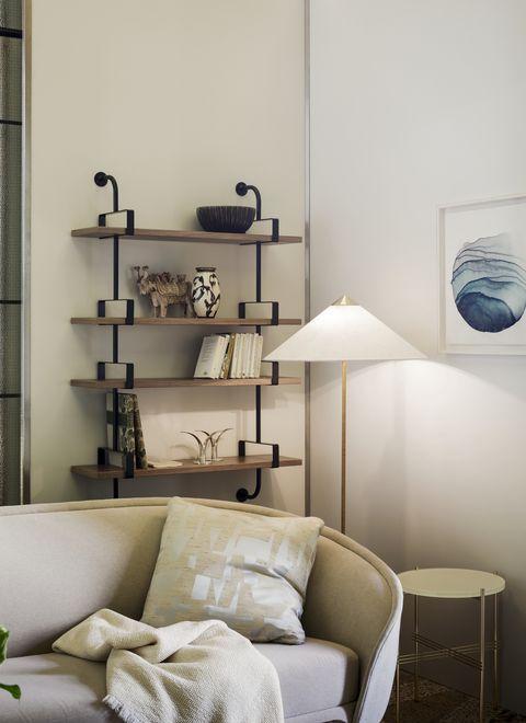 gubi 9602 floor lamp, nest