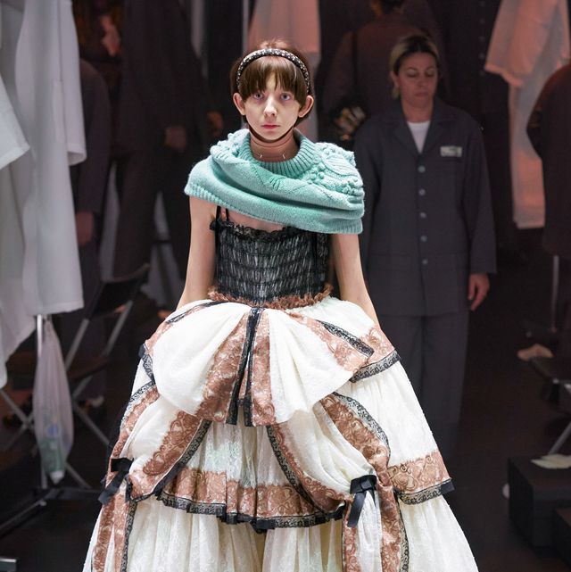 Fashion, Clothing, Fashion model, Dress, hoopskirt, Haute couture, Victorian fashion, Costume design, Fashion show, Gown,