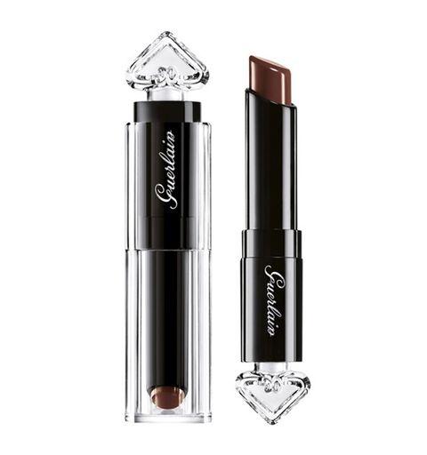 Product, Lipstick, Beauty, Eye, Material property, Cosmetics, Lip gloss, Eye liner,