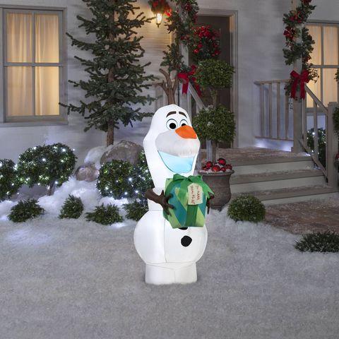 Snowman, Winter, Tree, Lawn ornament, Plant, Flowerpot, Snow, Houseplant, Christmas, Art,