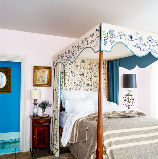 25 Dreamy Guest Bedroom Ideas And