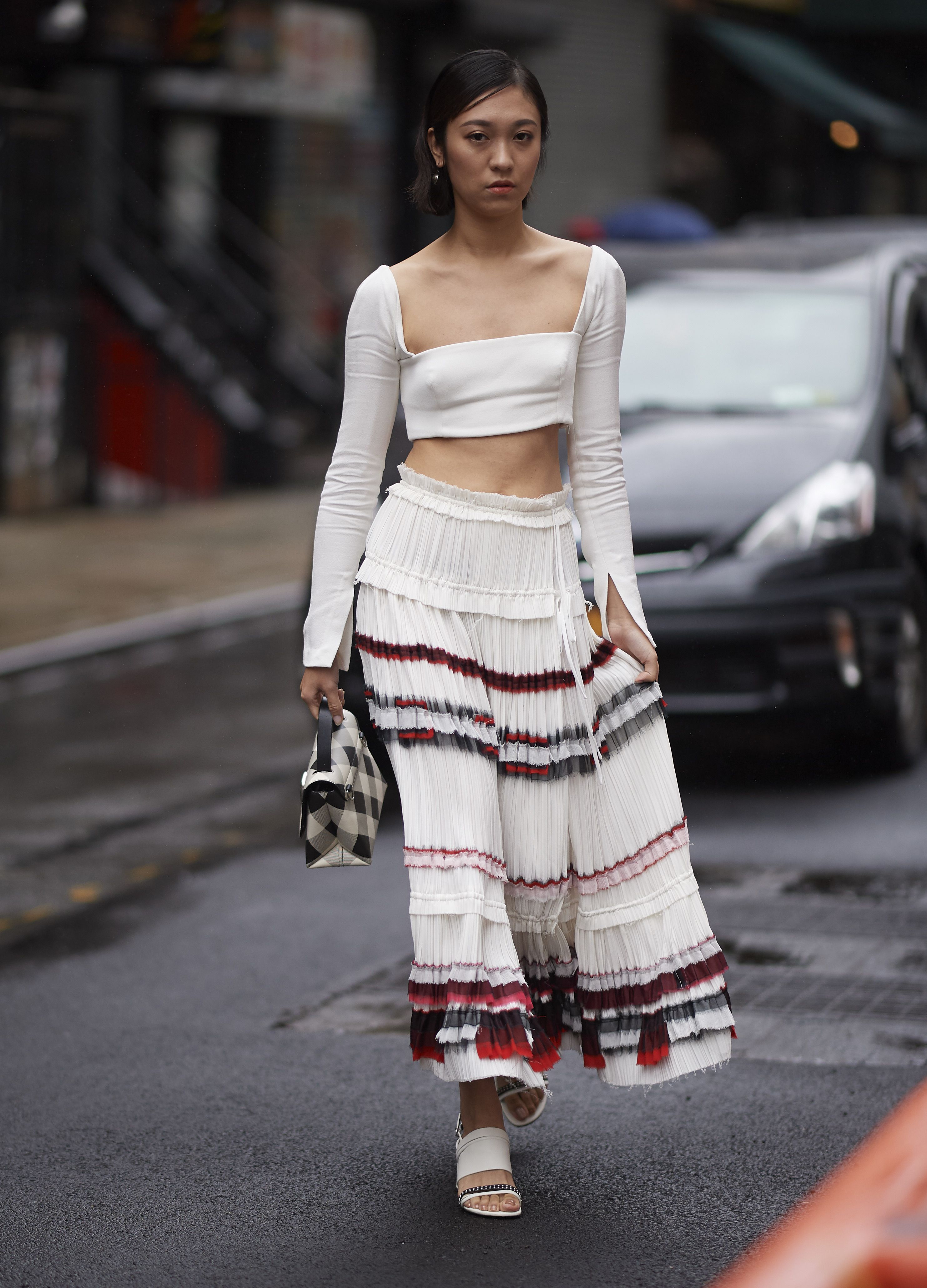0886fff510 Cute Crop Top Outfit Ideas - What to Wear With a Crop Top