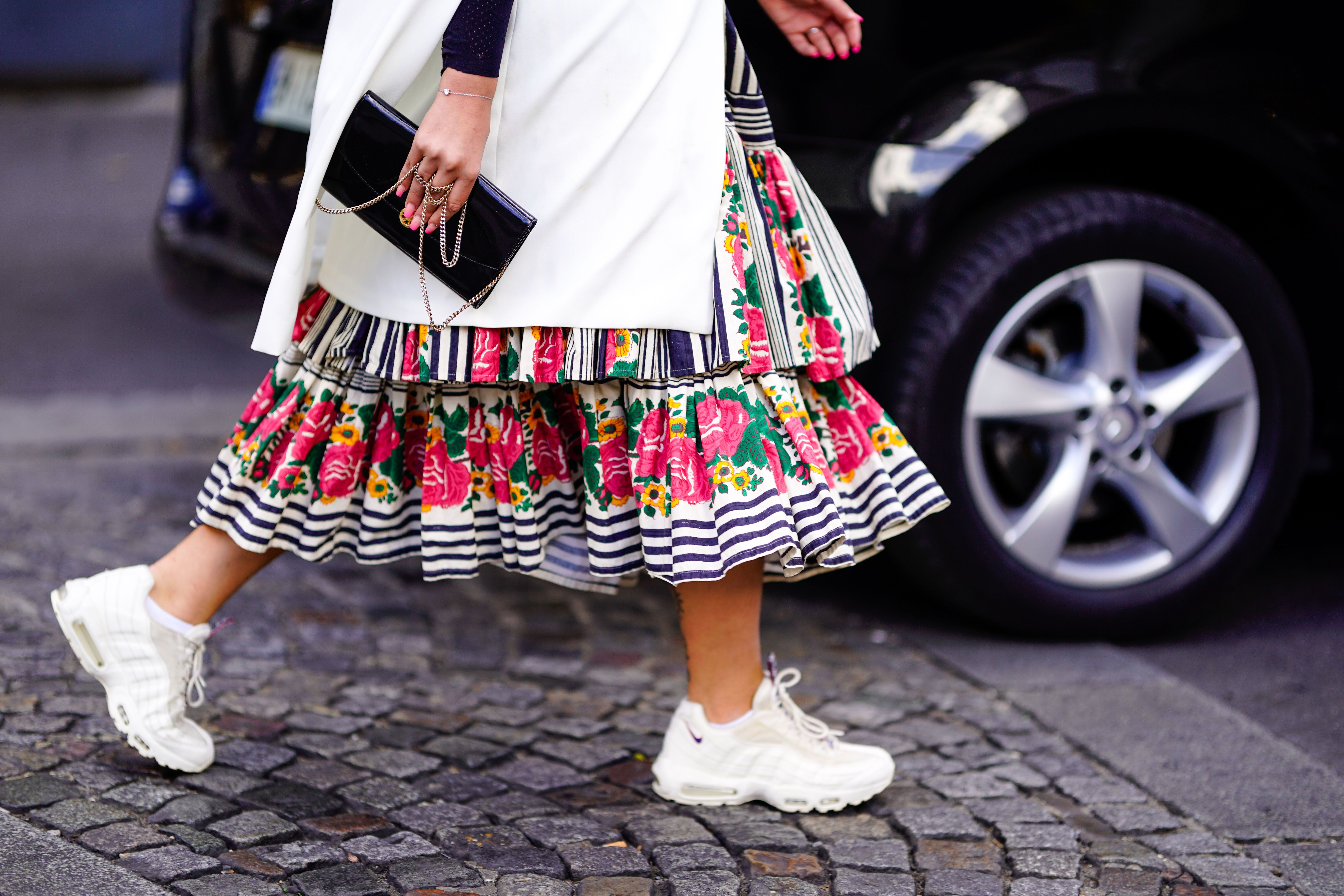radar vägspärr Strömcell  14 Best White Sneakers for 2020 - Classic White Shoes That Go With ...