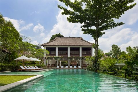 Property, Swimming pool, Tree, Resort, Real estate, House, Villa, Shade, Home, Roof,