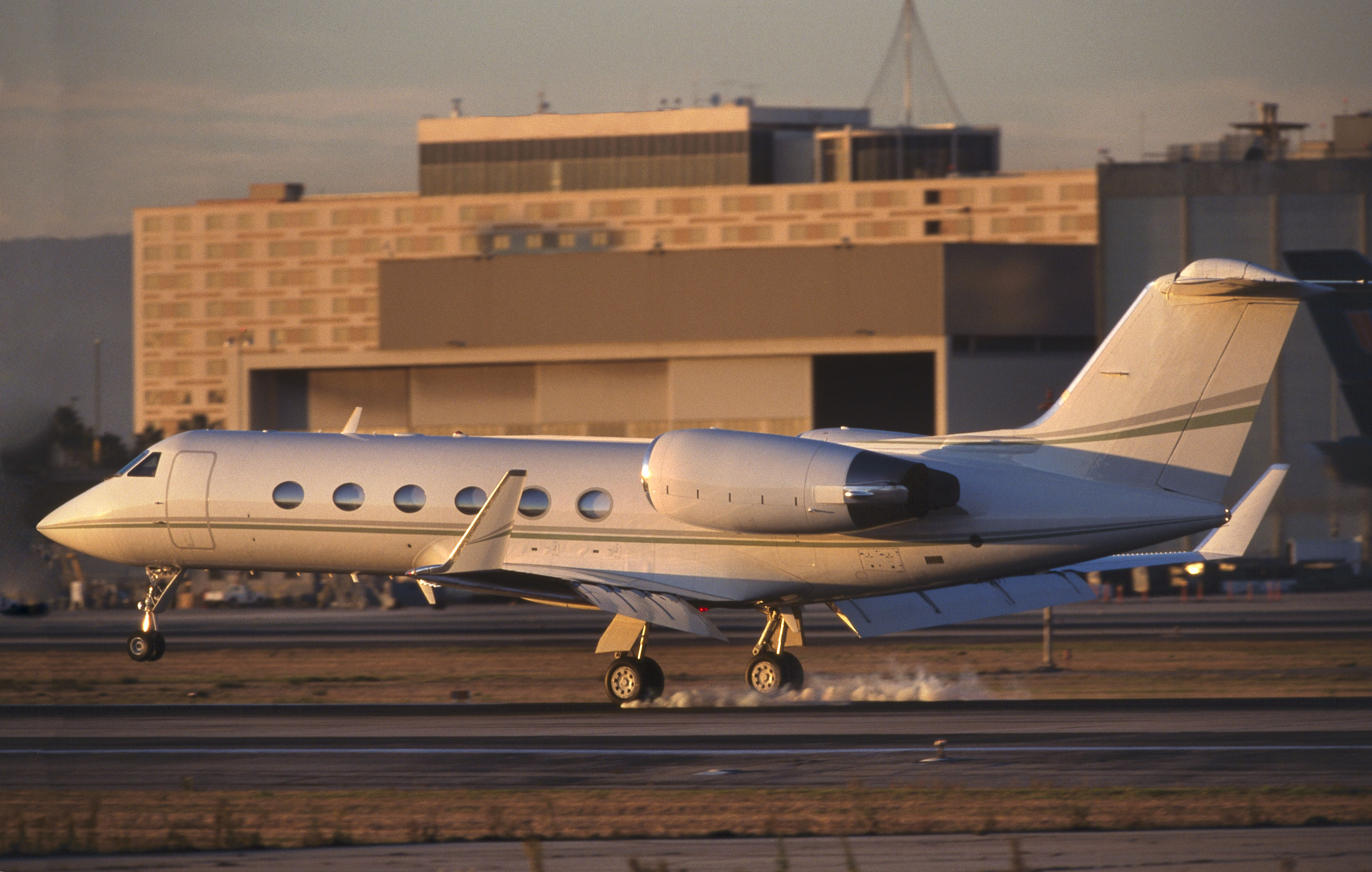 """""""If you're us, a G5 seems like a pretty includible thing to have; only a billionaire would know it's a starter plane,"""" says a creator of Billions ."""