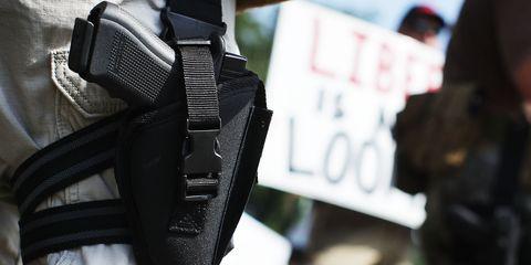 Personal protective equipment, Handgun holster,