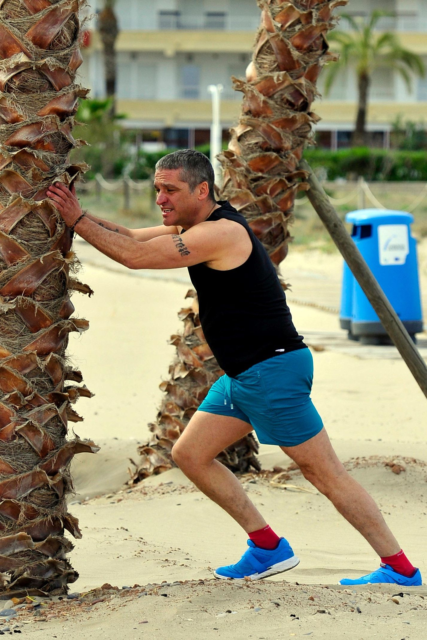 El paparazziGustavo González en la playa