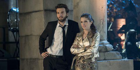 Suit, Fashion, Formal wear, Scene, White-collar worker,
