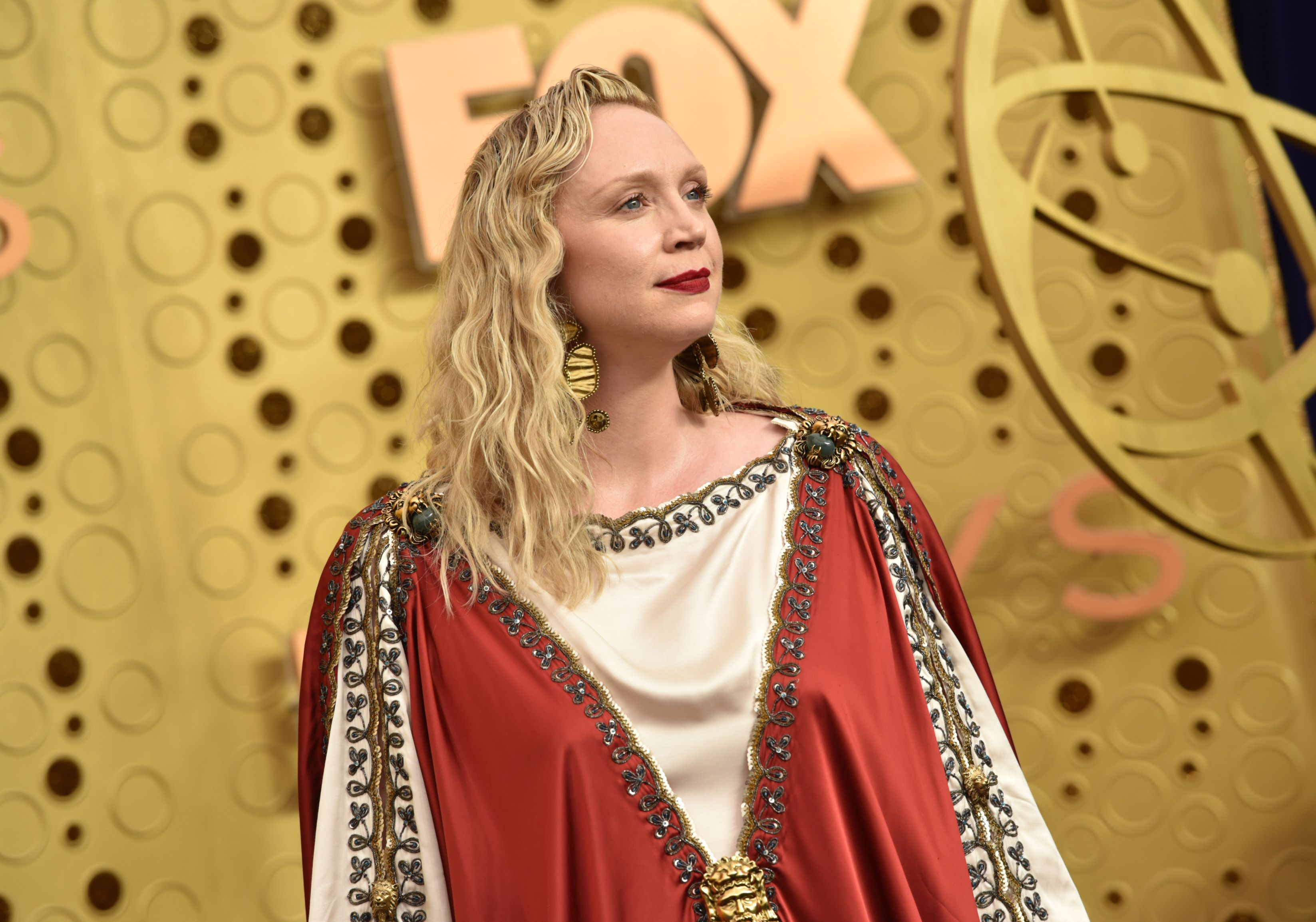 Twitter Is Losing It Over Gwendoline Christie's Jesus-Inspired Emmys Look