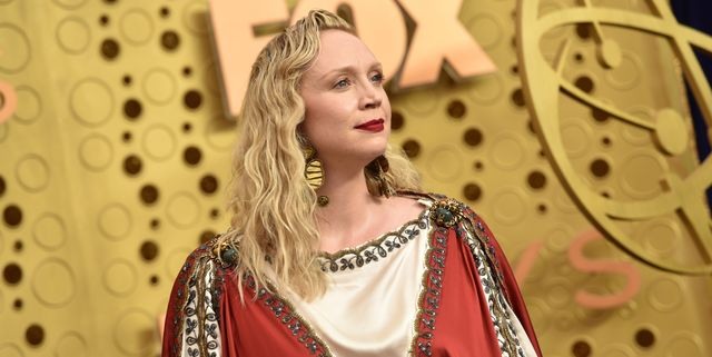 Twitter Is Losing It Over Gwendoline Christie's Jesus-Inspired Emmys Look
