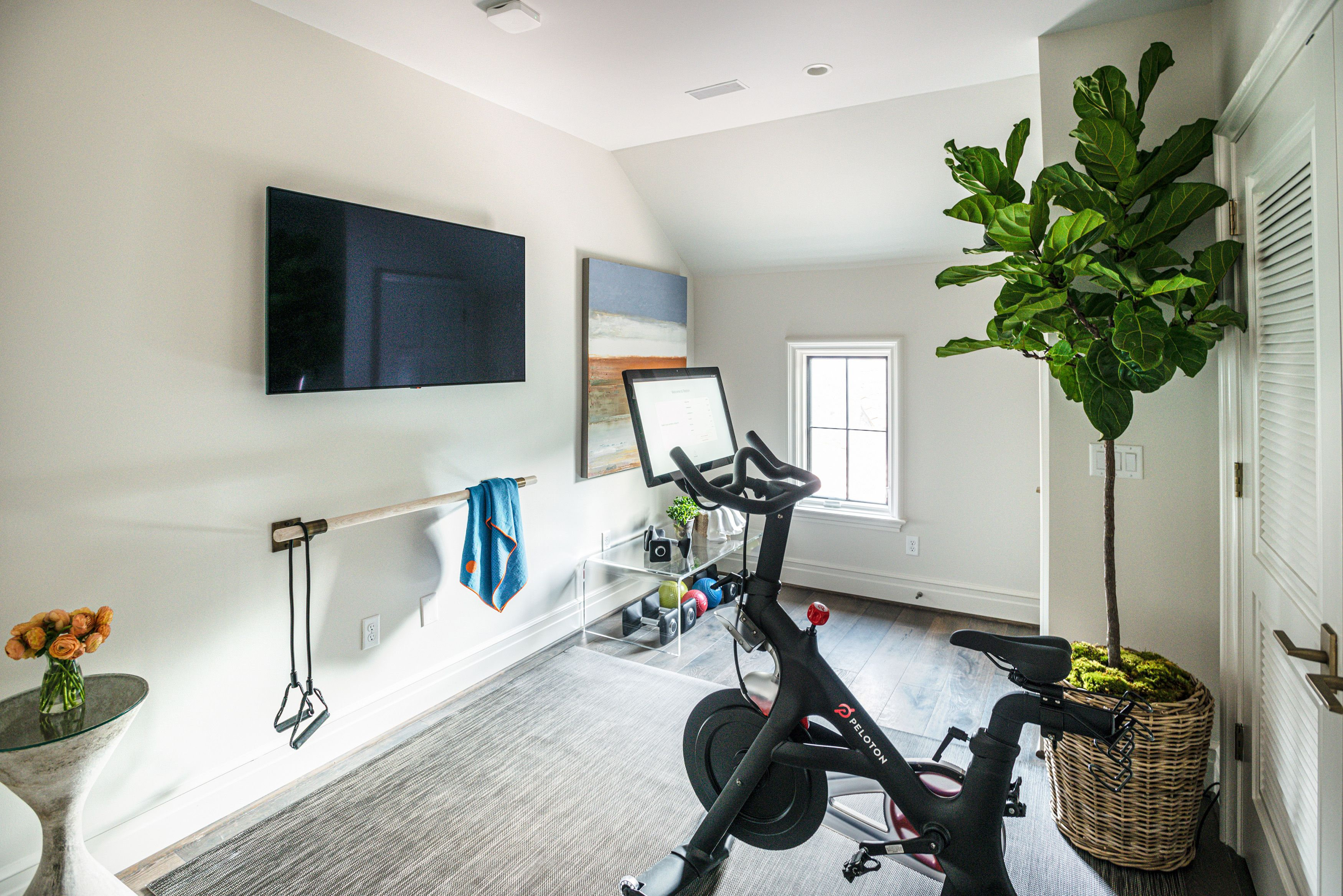 How To Create A Yoga Studio In Your House