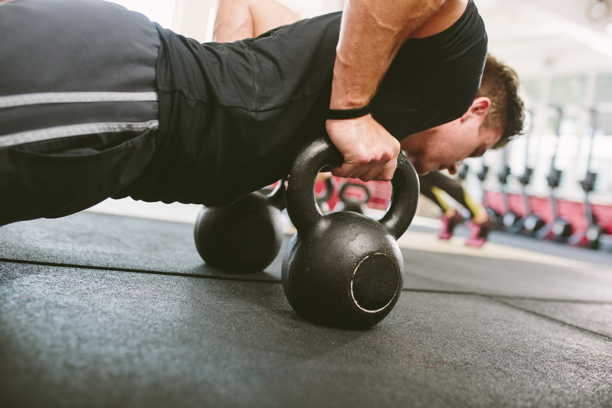 12 kettlebells that are perfect for your home gym workoutsKettlebells #8