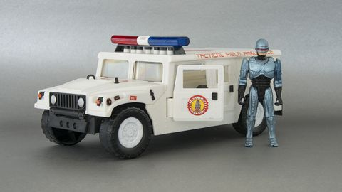 hummer h1 toy from robocop