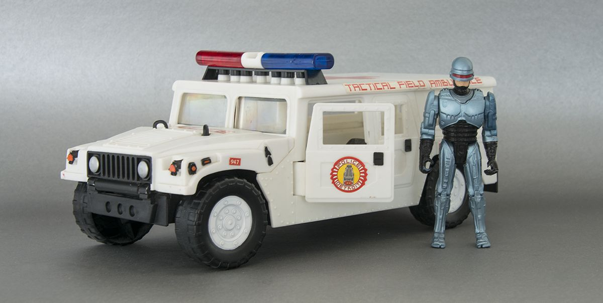 How RoboCop Helped Launch the Hummer H1