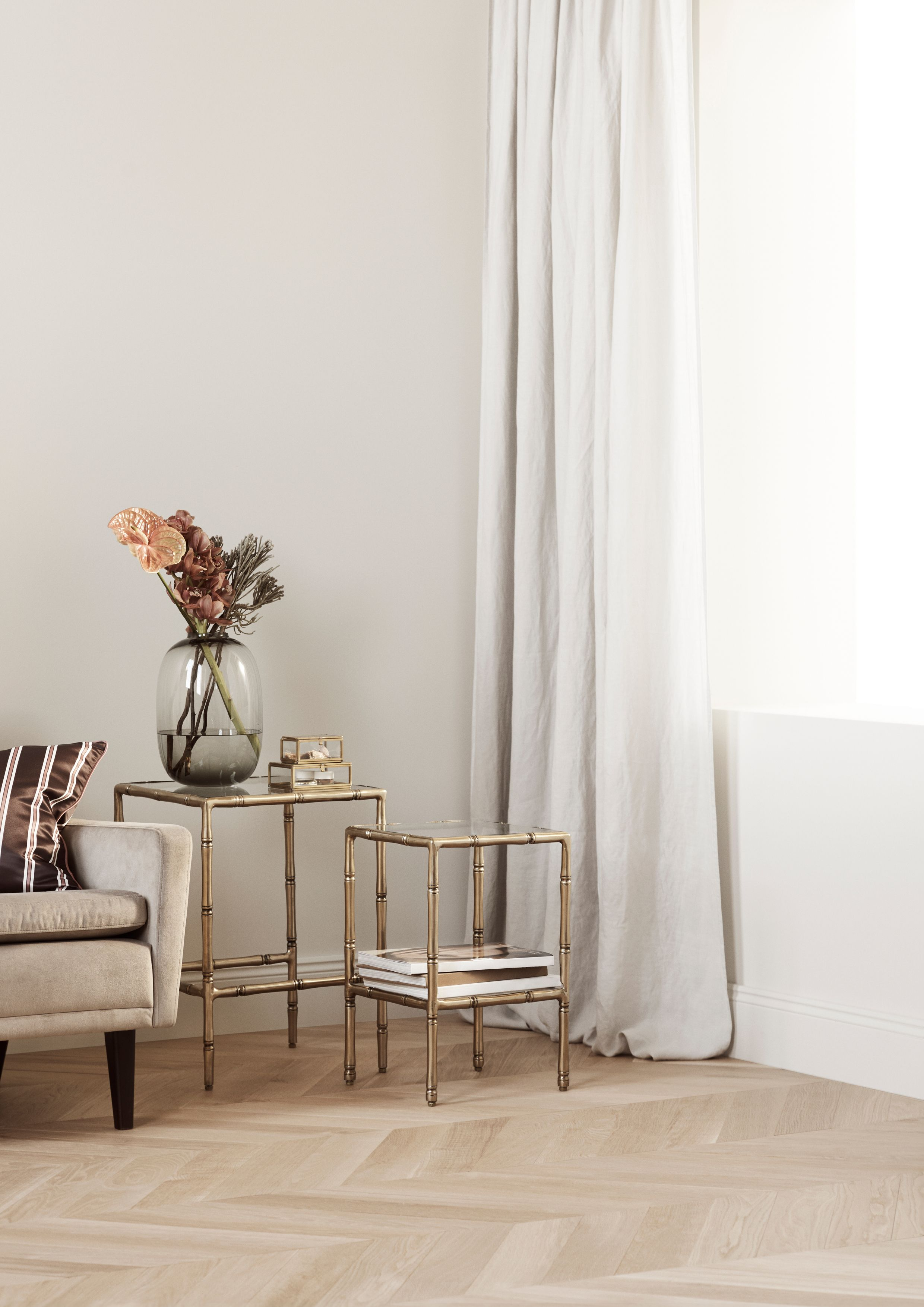 Charmant Hu0026M Home Furniture Collection