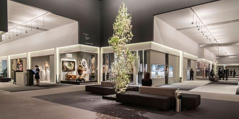 Lobby, Building, Interior design, Property, Architecture, Tree, Room, House, Ceiling, Mixed-use,