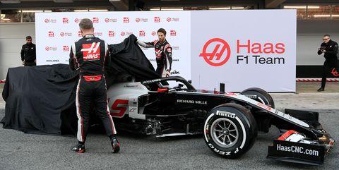 AUTO-PRIX-F1-ESP-TEST-PRESENTATION-HAAS