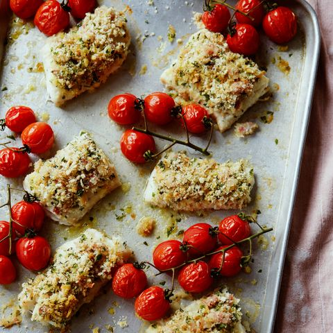 Haddock crumble with cherry tomatoes