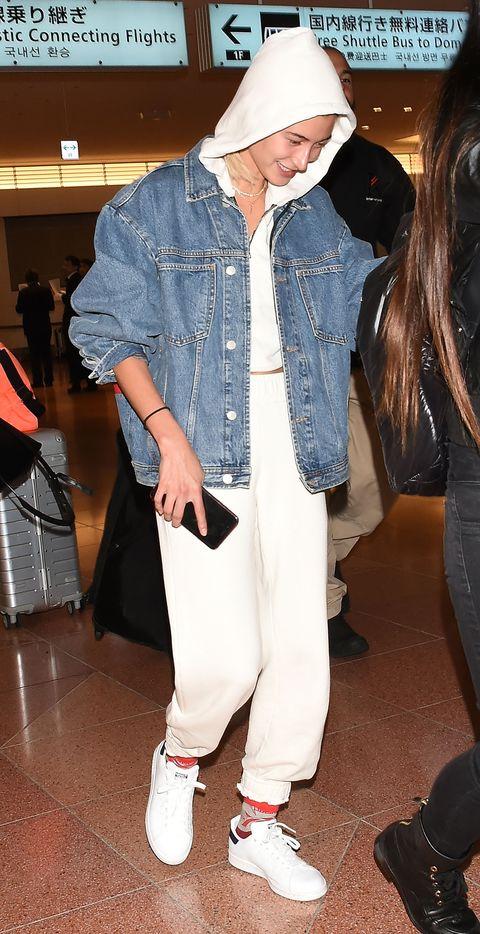 Hailey Baldwin Arrives In Tokyo