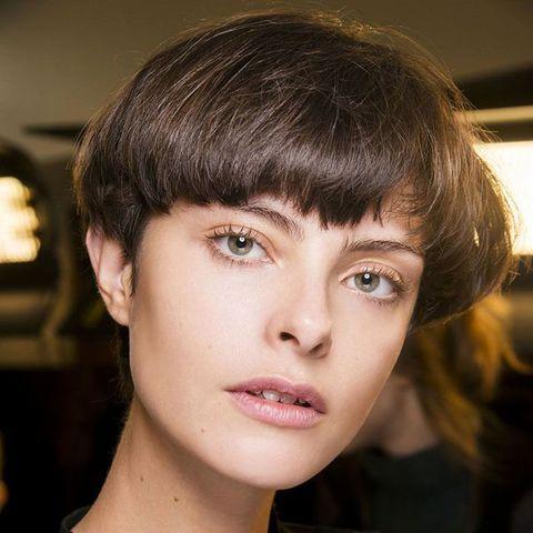 Hair, Face, Hairstyle, Eyebrow, Chin, Beauty, Forehead, Lip, Bangs, Cheek,
