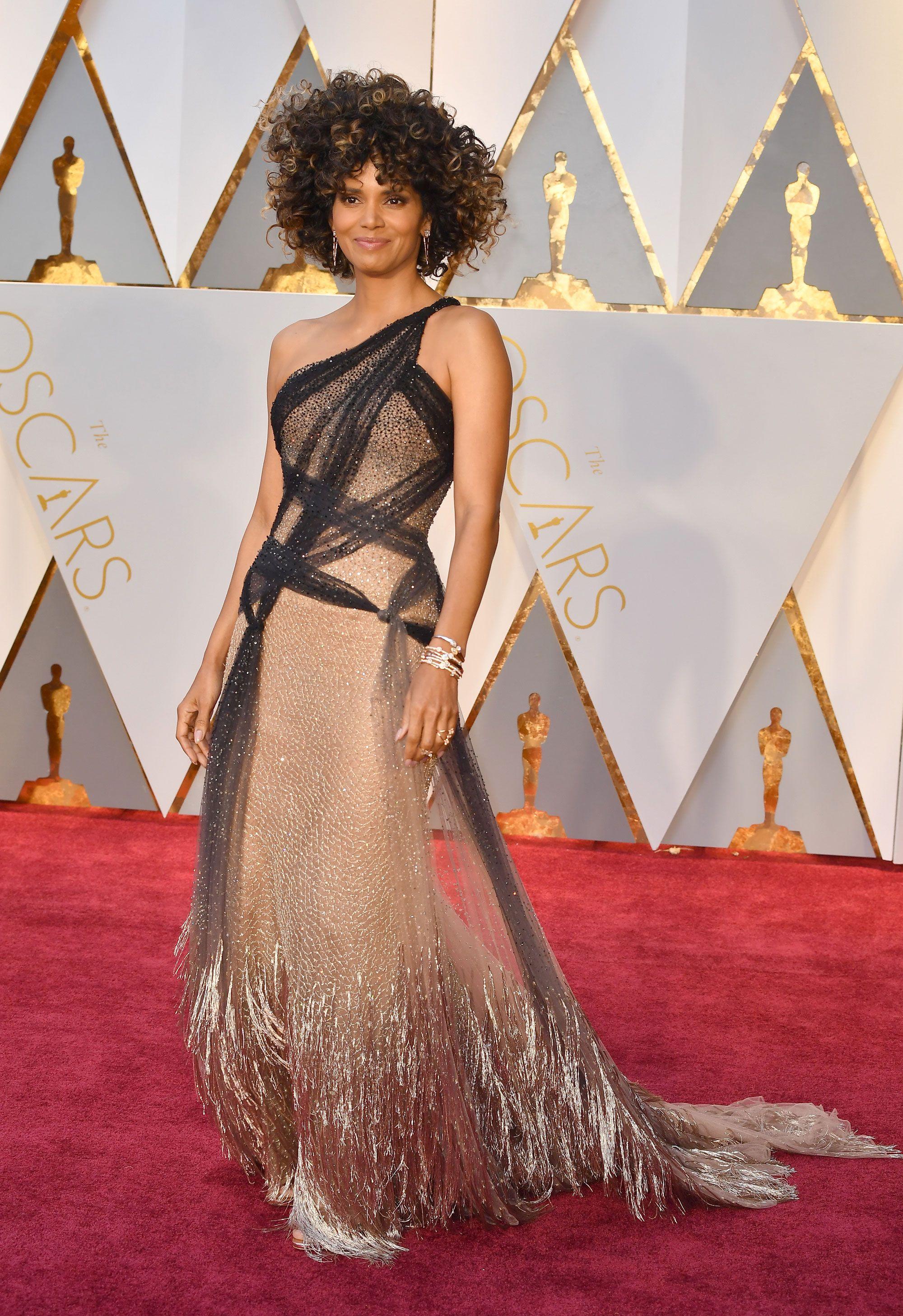 Halley Berry Dress on Oscar