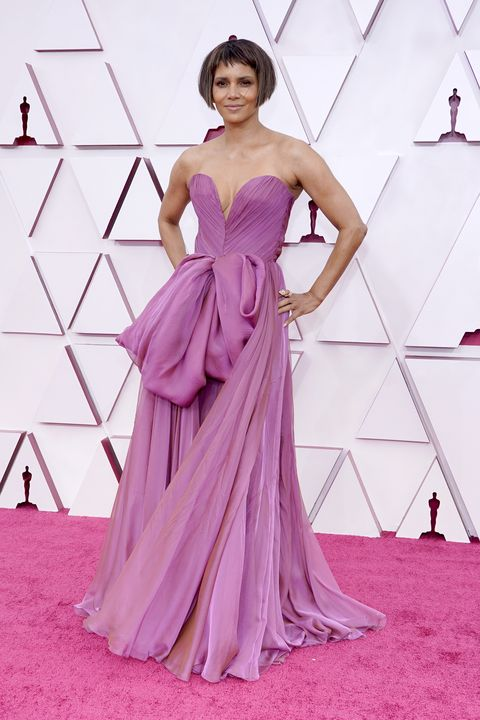 halle berry at the oscars in 2021