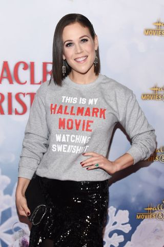 Hallmark Christmas Con 2019 How To Attend Tickets Movie Stars