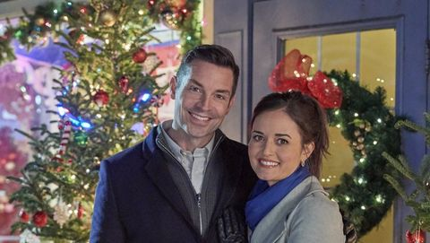 image hallmark - Hallmark Christmas Movies On Netflix