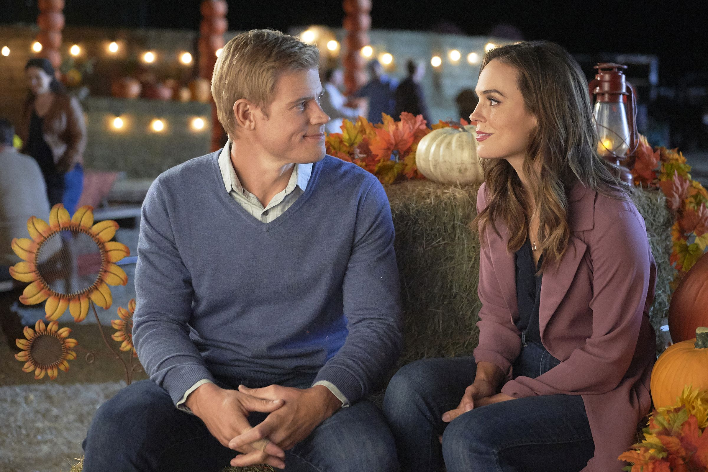 Hallmark's Fall Harvest Schedule Is Here and It's Premiering 5 New Movies