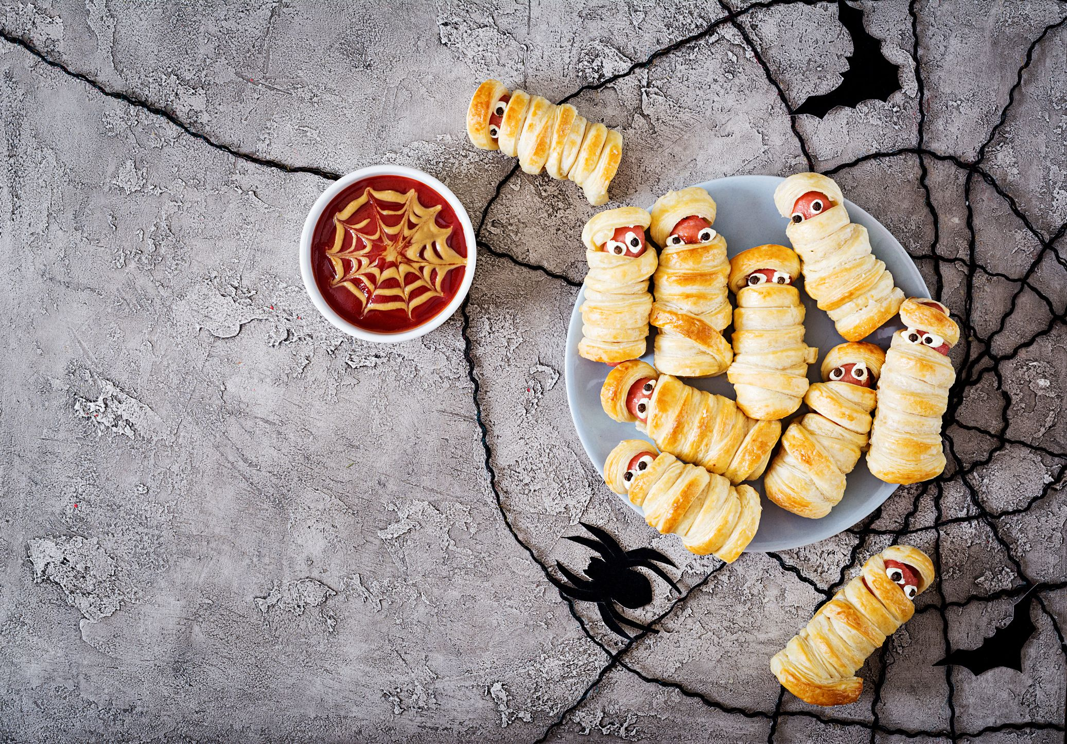54 Easy Halloween Appetizers Best Halloween Appetizer Recipes
