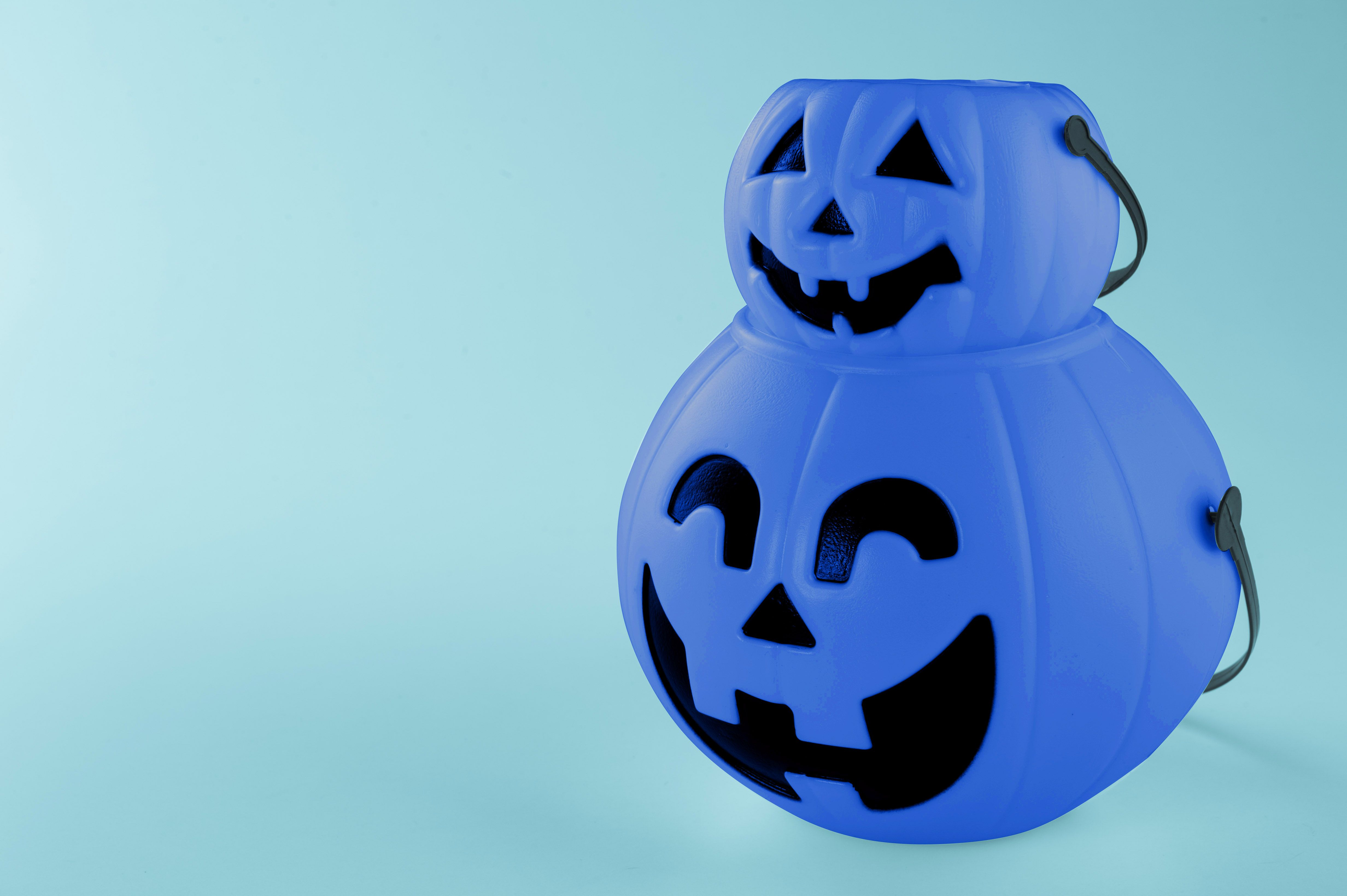 Blue Halloween Buckets Have Become the Unofficial Autism Symbol for Trick-or-Treating