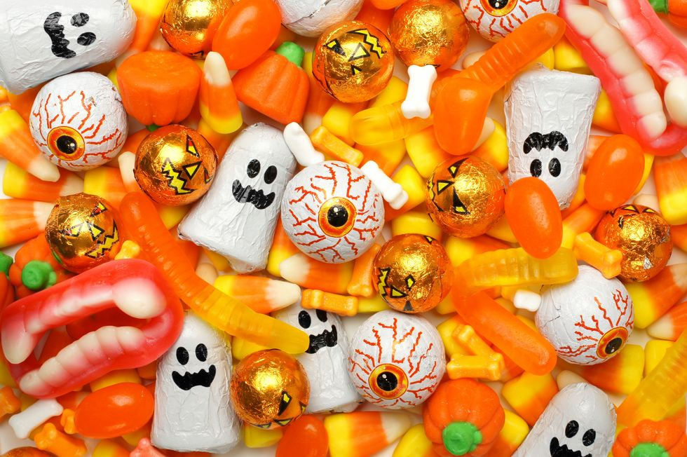 Here's Where to Buy the Cheapest Halloween Candy in 2021