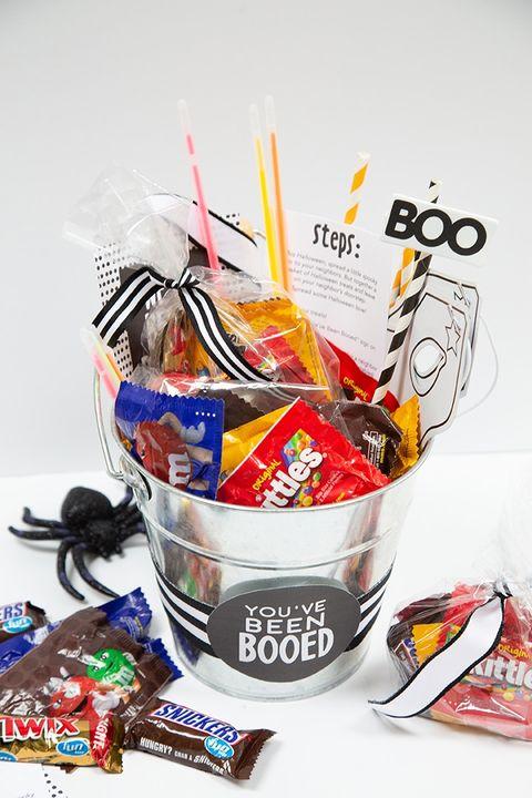 halloween candy boo basket spooky basket ideas