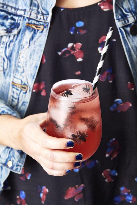 halloween cocktail pomegranate poison