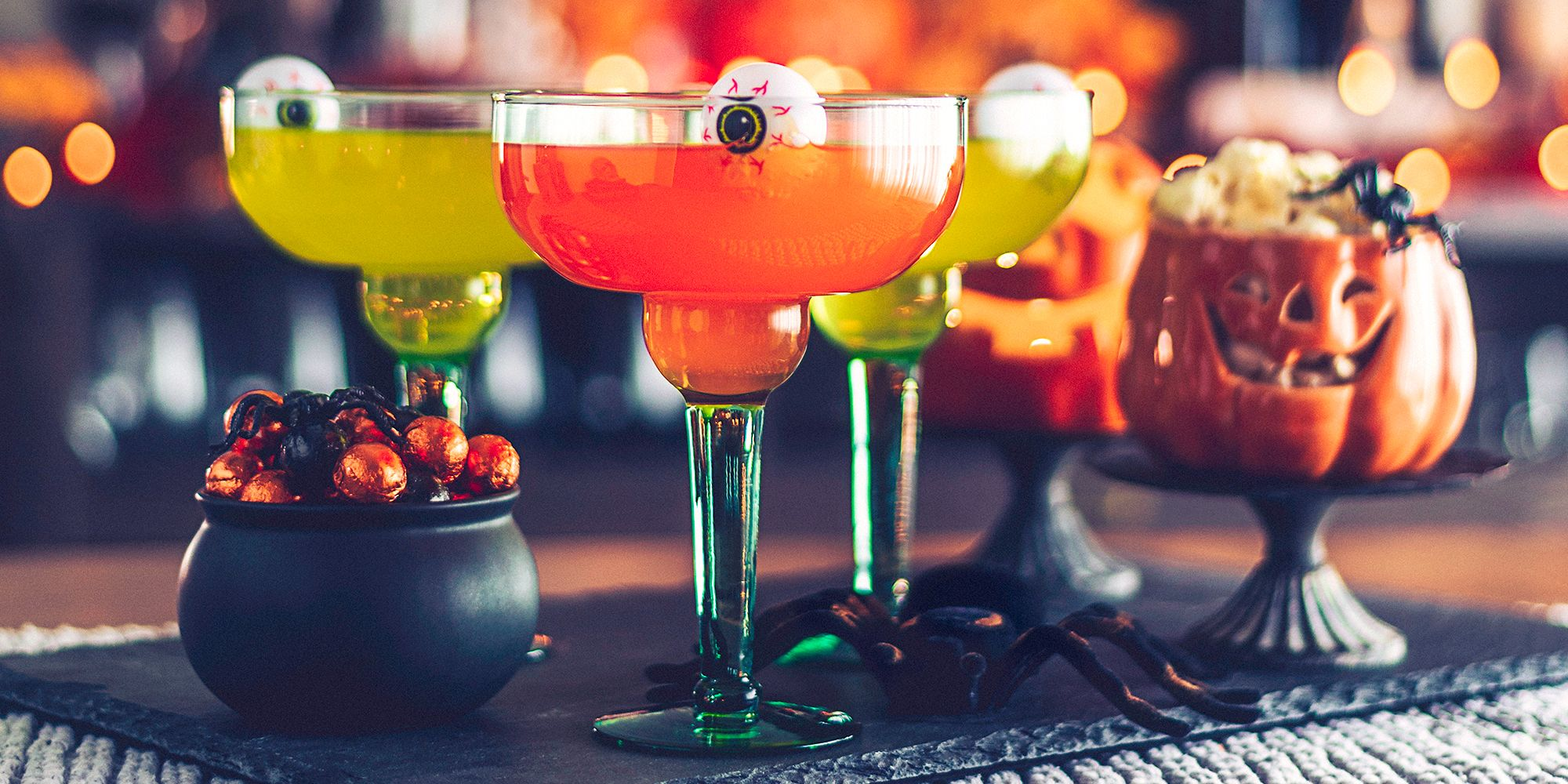 10 best halloween cocktails for 2018 - delicious halloween cocktail