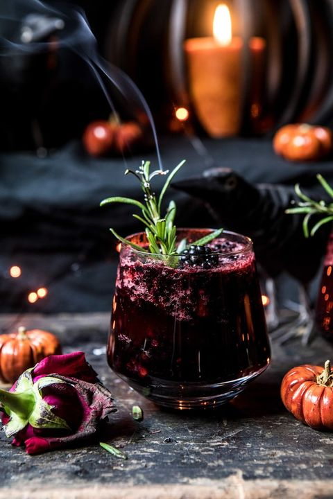 halloween cocktails black widow